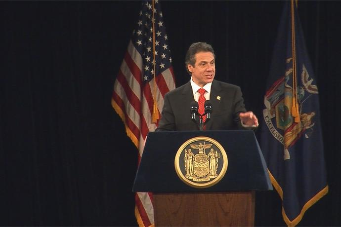 Governor Cuomo Announces 325 Electric Vehicle Charging Stations To Be Installed  in NY_-7034238619822635284