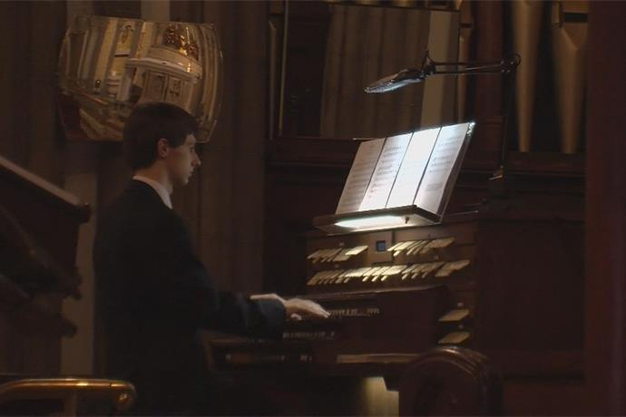 Grace Church's Organ scholar performs for community in Utica _-8943620274079645033