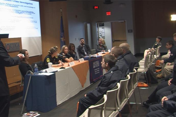 Utica College hosts students to get a closer look at criminal justice _-4388110062702998216