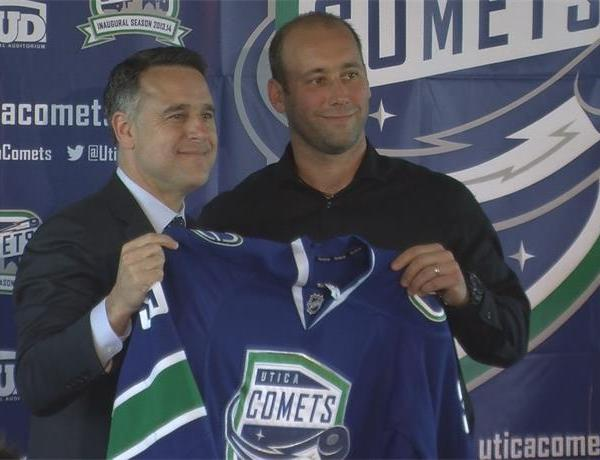 Comets Coming Back to Utica_6090143564598561115