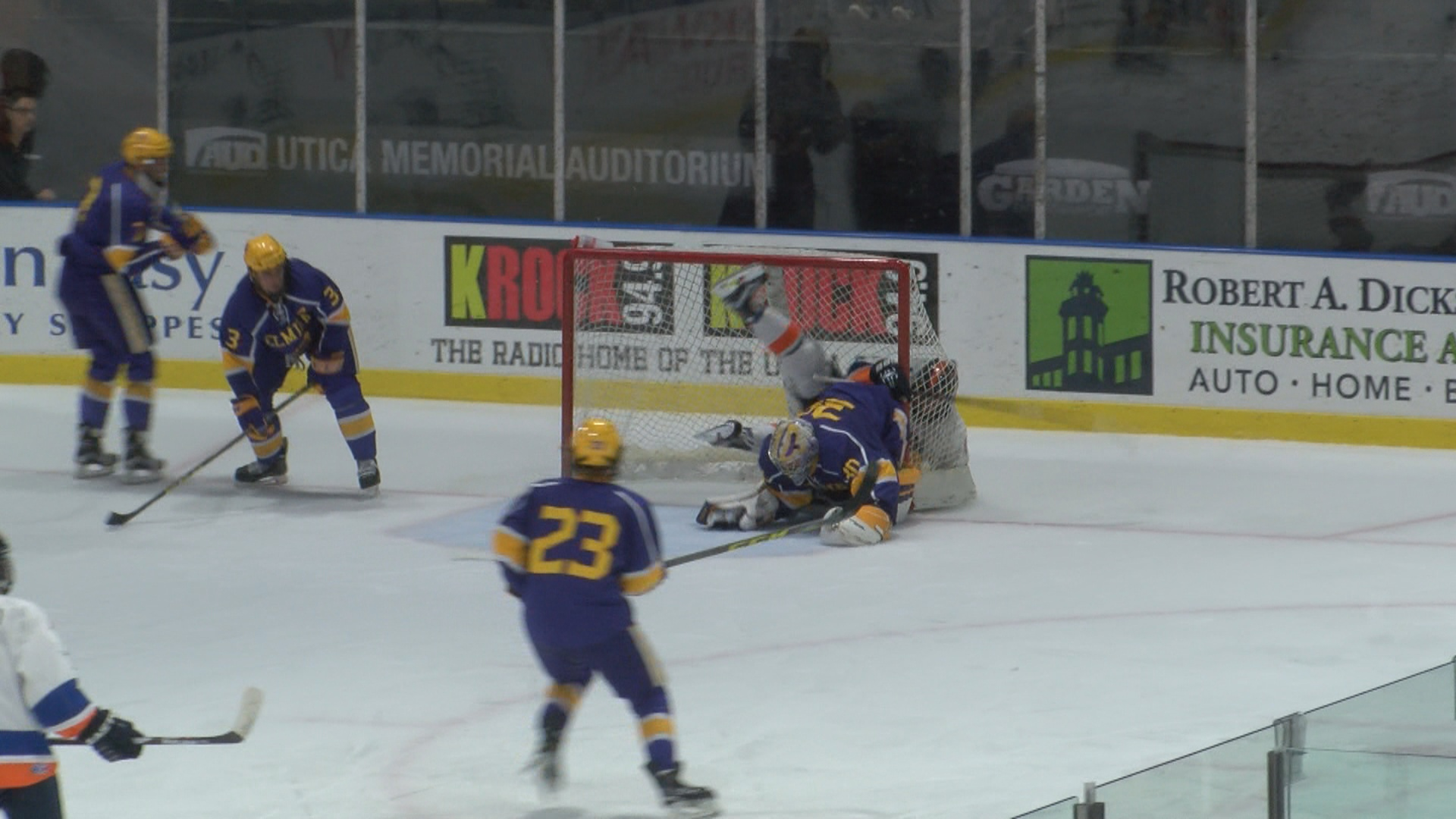 UC Pioneers Hockey