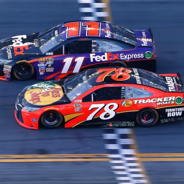 605791233DS00437_NASCAR_Spr_1487956839982