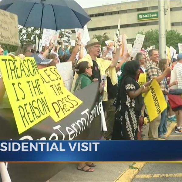 Presidential_Protestors_0_20180813202007