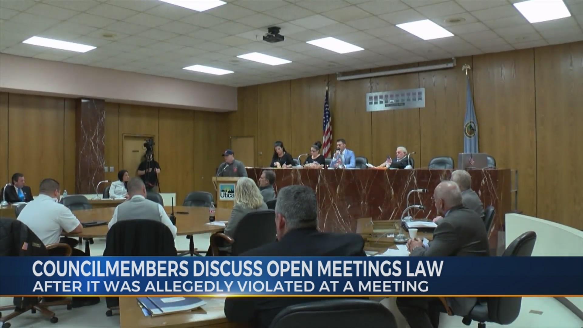 Councilmembers_discuss_Open_Meetings_Law_0_20190117231132
