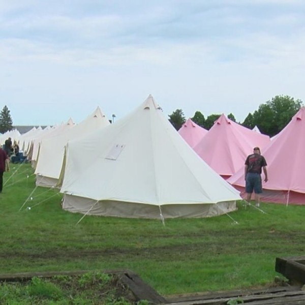 Spectators pay big bucks for luxury camping experience at IMS infield